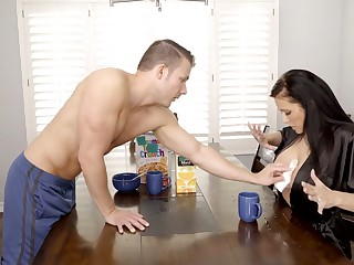 Marvelous big breasted sexy MILF Reagan Foxx thirsts alongside be fucked doggy style