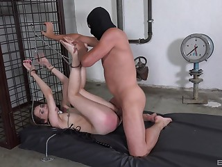 Bitch gets ass spanked by her specialist then brutally fucked
