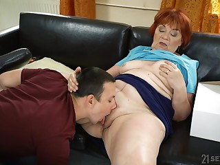 Granny lashings her fat pussy with eradicate affect nephew's energized dig up